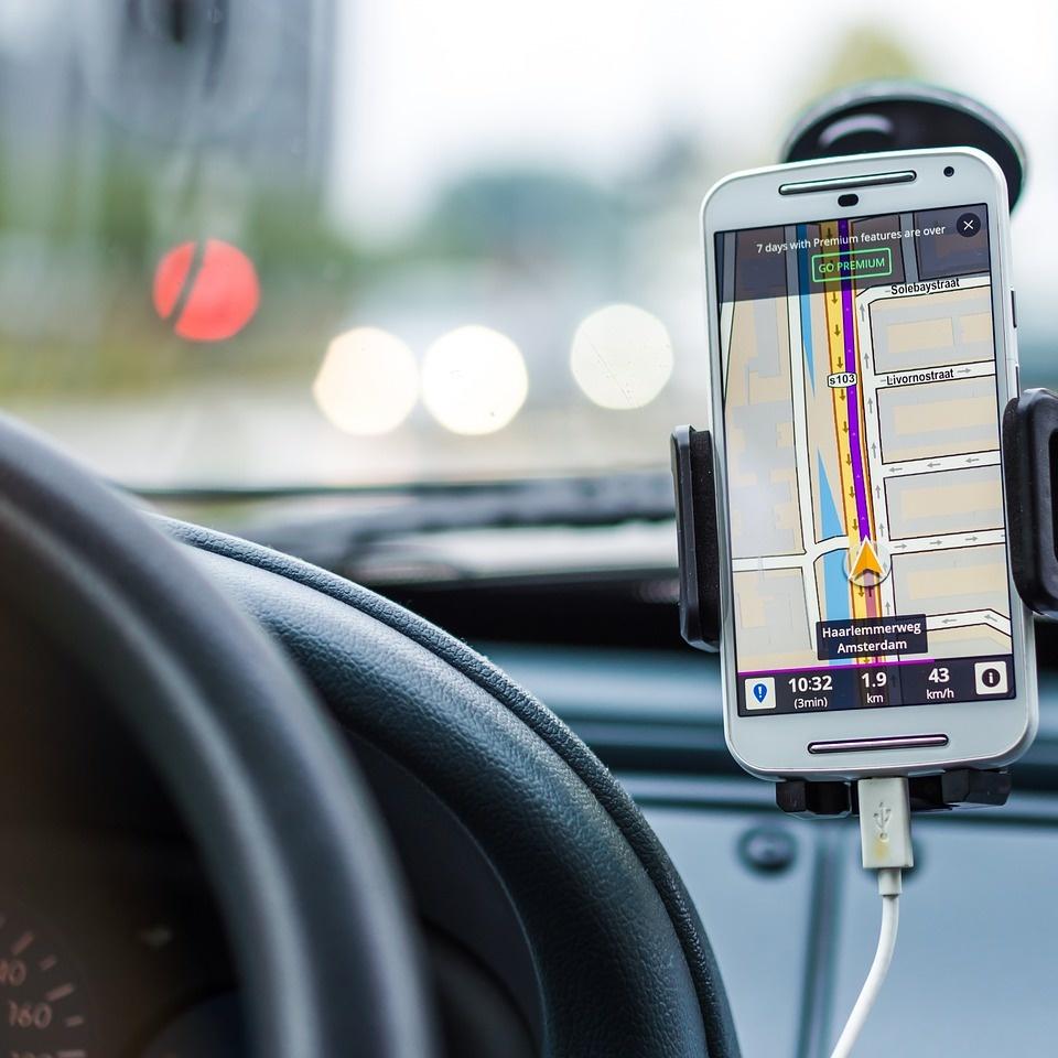 voiture GPS